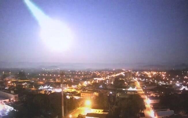 Evento astronômico iluminou a noite em Caxias do Sul