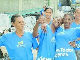 Catadoras, que são maioria, comemoram a prosperidade do negócio durante a Copa do Mundo