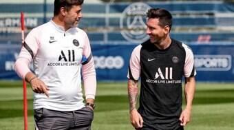 Pochettino demonstra apreensão com Messi e defende Mbappé
