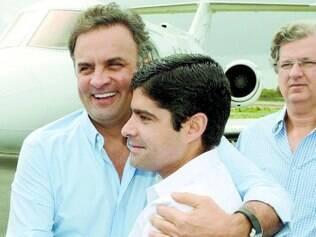 Isento. Aécio enfatizou que quem fez denúncias contra a Petrobras não foi a oposição, mas a imprensa