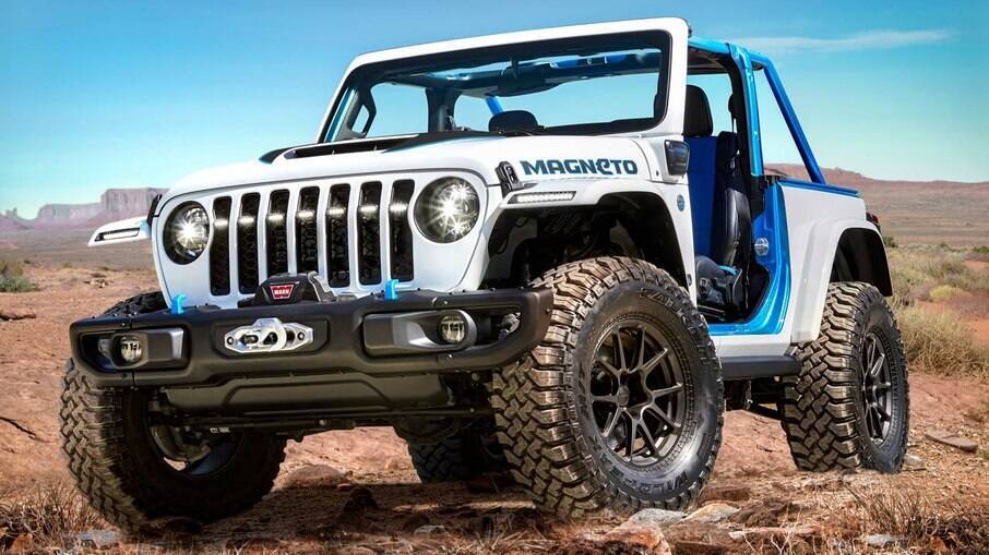 O Jeep Wrangler Magneto Concept elétrico é veículo 4x4 com um trem de força manual exclusivo