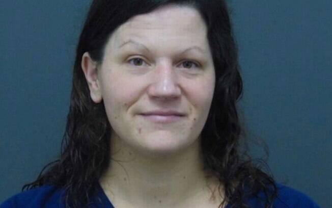 Kelly Cochran foi acusada de assassinar,  desmembrar, e servir partes do corpo do amante em churrasco para os vizinhos