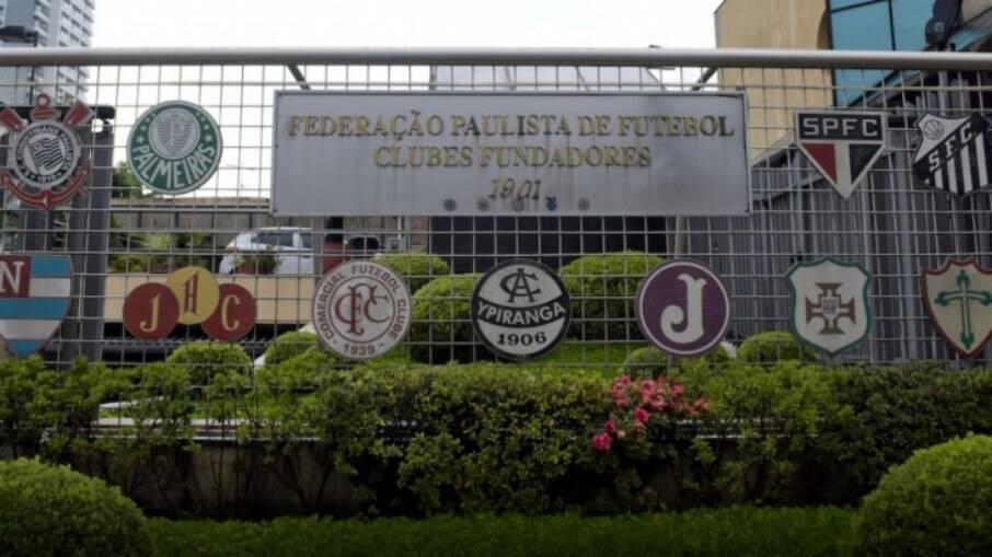 Federação Paulista de Futebol realizou reunião nesta terça