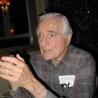 Douglas Engelbart, em foto de 2004