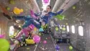 Banda lança videoclipe em microgravidade; assista