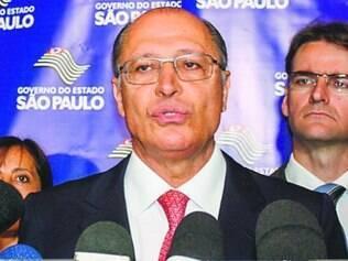 """Alckmin diz que tucanos são """"os maiores interessados"""" em apurar caso"""
