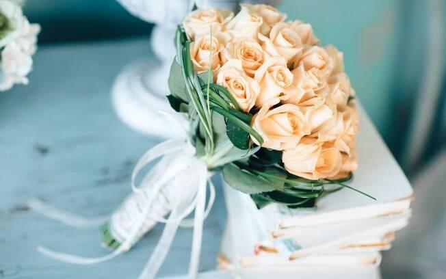 As rosas possuem significados diferentes de acordo com sua cor