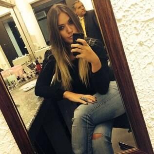 Laryssa compartilhou uma foto minutos antes de entrar ao vivo no programa 'A Tarde É Sua'