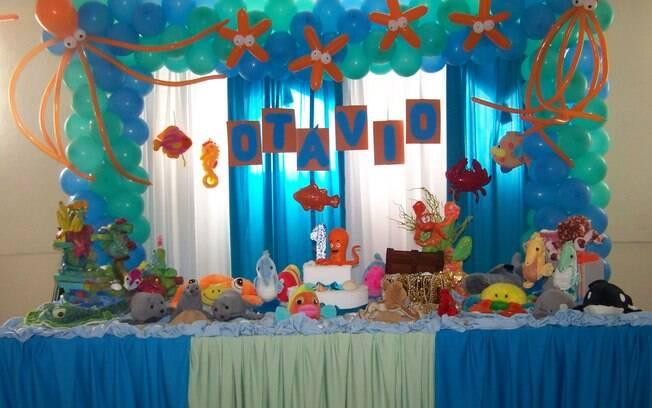 O fundo do mar é uma decoração muito pedida para festas de meninos ou meninas entre um e três anos atualmente