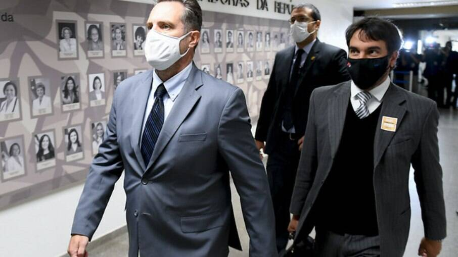 Luiz Paulo Dominguetti chegando ao Senado Federal para depor na CPI da Covid