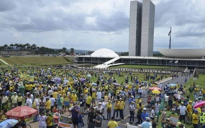 Protesto em Brasília. Foto: Valter Campanato/Agência Brasil - 13.12.15