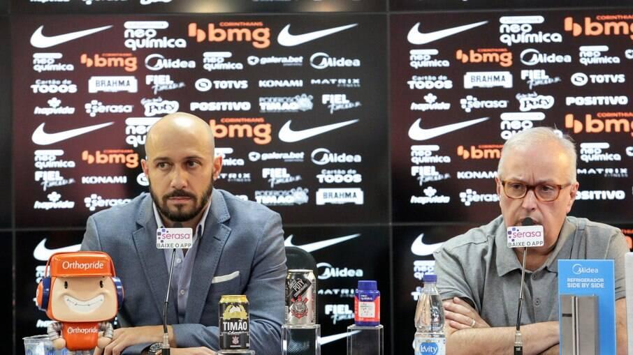 Gaviões da Fiel exigiu a saída de Roberto de Andrade e Alessandro da diretoria do clube