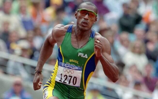 Claudinei Quirino (foto) foi velocista do Brasil em Olimpíadas e, ao lado de Matheus Inocêncio, que ainda é do atletismo, se aventurou nas Olimpíadas de inverno