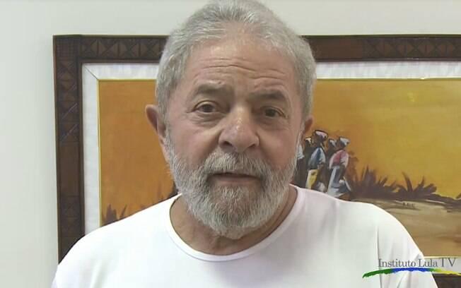 """Lula admite erros: """"PT não fez tudo o que deveria"""""""
