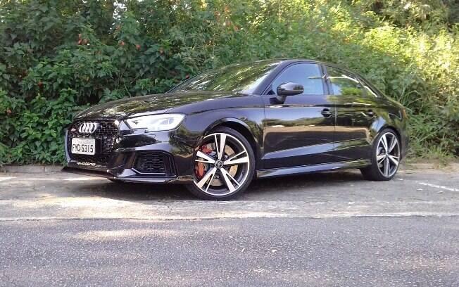 Audi RS3 Sedan: com base reforçada do A3, esportivo tem tração integral, câmbio de 7 marchas  e 400 cavalos de potência