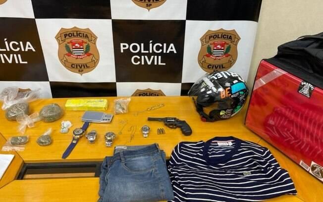 Operação prende cinco suspeitos por roubo de relógios de luxo e tráfico na RMC