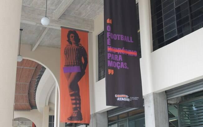 O museu do futebol expõe a mostra 'Contra-Ataque: as mulheres do futebol' até o dia 20 de outubro