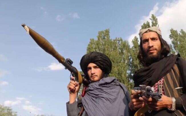 'Isso de Talibã moderado é só uma desculpa para a retirada americana', diz embaixador