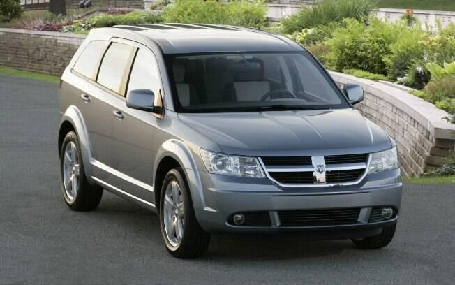 Dodge Journey é uma opção de SUV entre os seminovos de sete lugares . Os valores podem chegar a R$ 80 mil