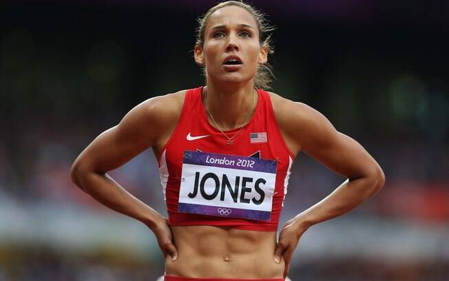 Lolo Jones já competiu no atletismo nas Olimpíadas, na prova dos 100m com barreiras