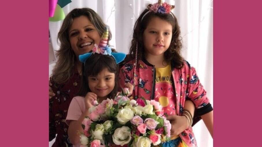 Renata Pinheiro e as filhas: Marina e Marcela