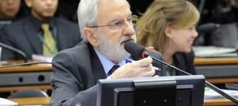 Ivan Valente diz que não basta afastamento de Jucá e torce por prisão