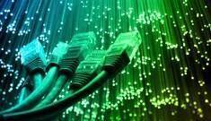 """Ministro diz que """"não abre mão"""" de plano com internet ilimitada"""