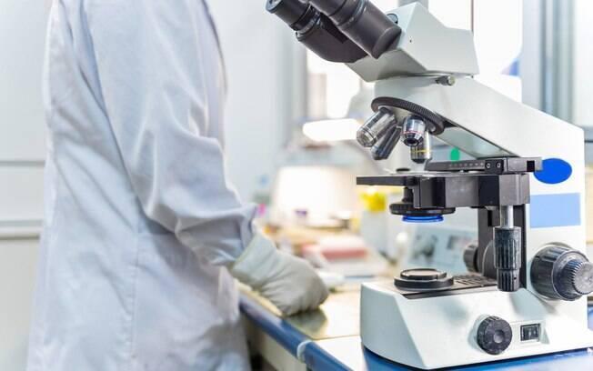 Segundo o Conselho Superior da Capes, 93 mil discentes e pesquisadores seriam prejudicados pelo corte no orçamento