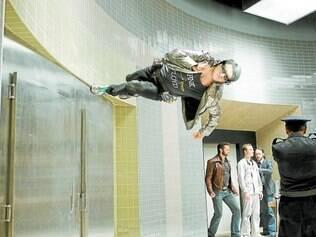Notável. Evan Peters interpreta o mutante Mercúrio, protagonista de uma das cenas mais divertidas do filme