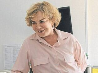 A ex-primeira-dama continua internada sem previsão de alta