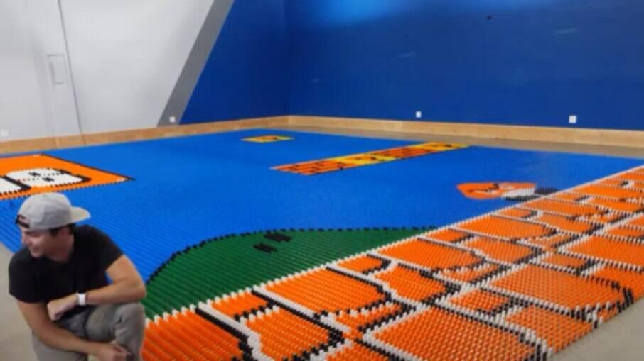 Painel de Mario Bros. construído pelo robô
