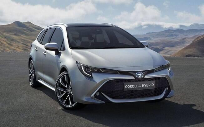 Nova Toyota Fielder promete oferecer versatilidade ao mercado europeu, que ainda valoriza as peruas