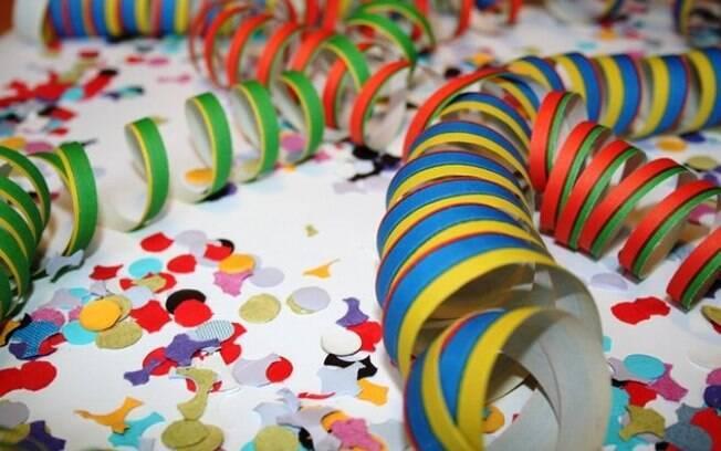 Ir aos eventos gratuitos durante o carnaval pode ajudar a controlar as finanças