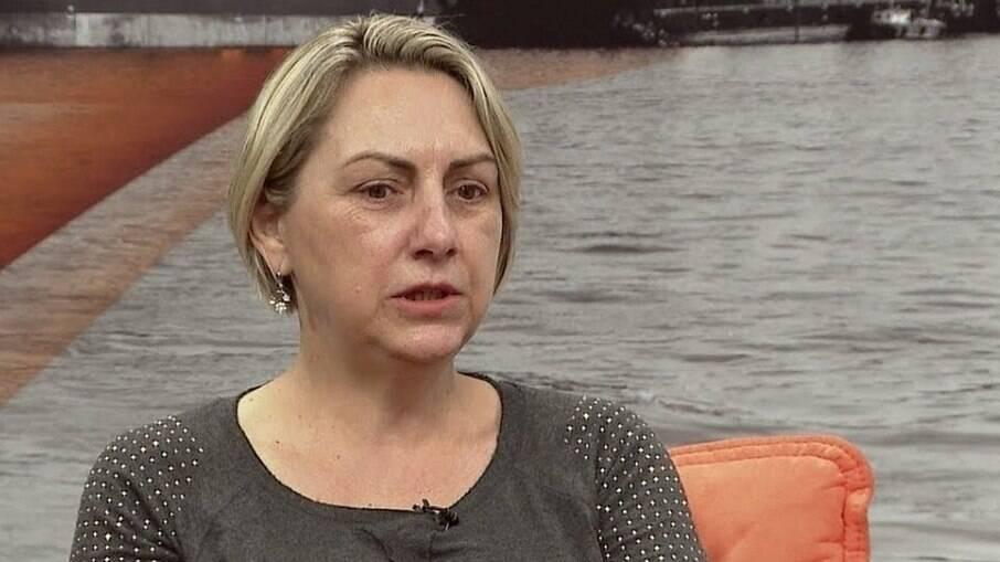 Vânia Bolsonaro, irmã do presidente, é internada com suspeita de Covid-19