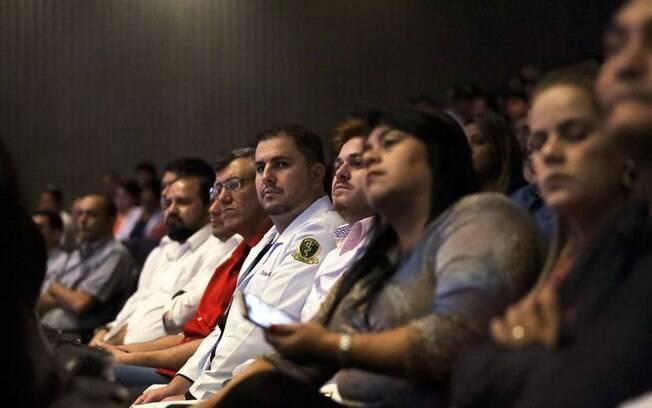 Revalida também reconhece os diplomas de médicos que se formaram no exterior e querem trabalhar no Brasil