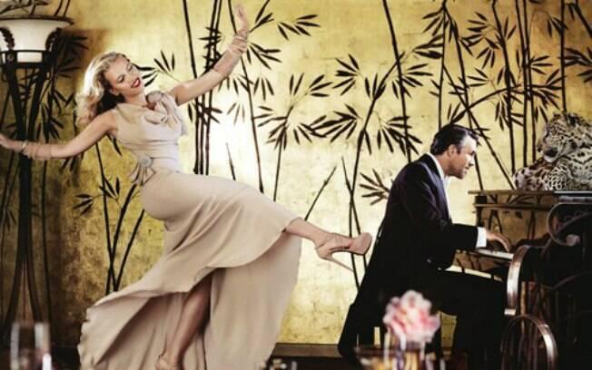 Scarlett Johansson fez um ensaio fotográfico ousado e posou com uma onça