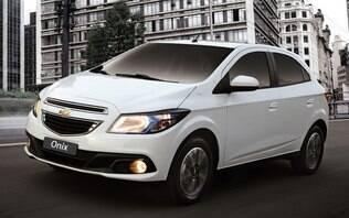 GM Onix continua a ser o mais vendido, mas Hyundai HB20 chega perto