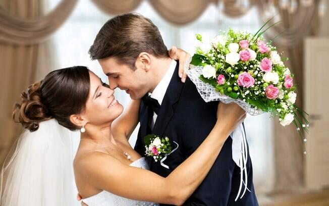 A escolha de um, entre tantos tipos de casamento, depende do que os noivos querem e podem oferecer aos convidados