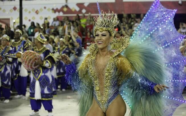 A rainha de bateria da União da Ilha do Governador, Tânia Oliveira