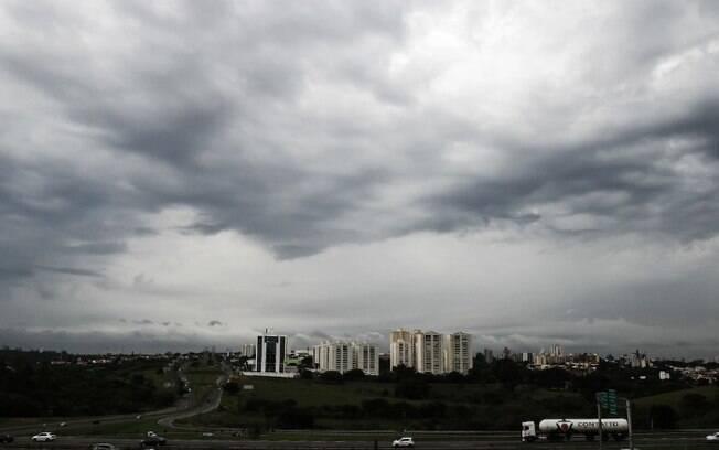 Quinta-feira será de chuva e clima ameno em Campinas