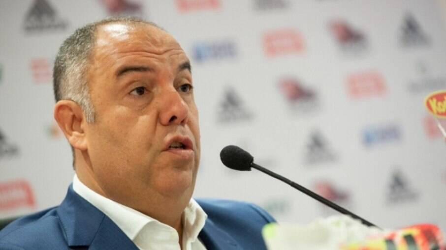 Marcos Braz falou sobre a necessidade de vender jogador