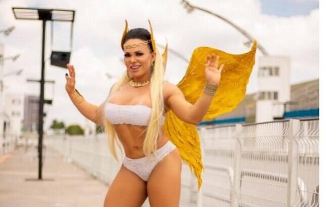 Andréa Capitulino fala sobre ensaio para a Revista Sexy e expectativa para o carnaval 2019