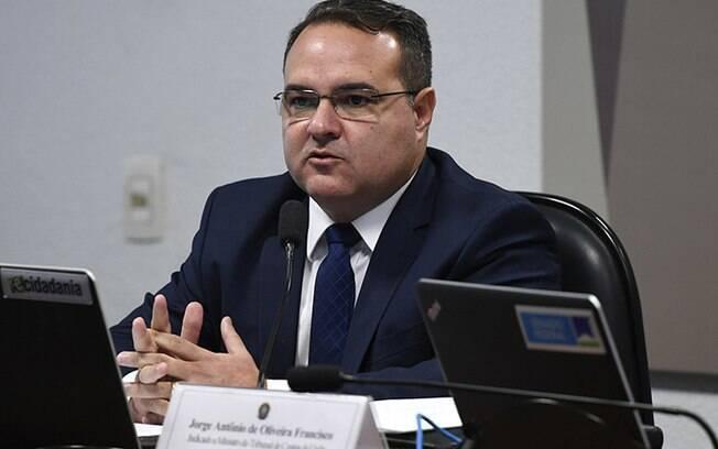 Jorge Oliveira foi indicado por Bolsonaro para o TCU