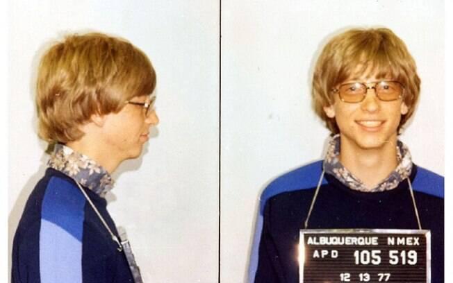 Fotos de Bill Gates quando foi detido por dirigir sem habilitação, 1977.