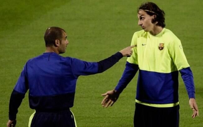 Ibrahimovic e Guardiola trabalharam juntos no Barcelona entre 2009 e 2010
