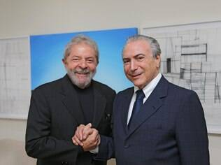 Lula, recebe Temer, no Instituto Lula em São Paulo; na mesma semana, o vice-presidente torna-se o articulador político do governo