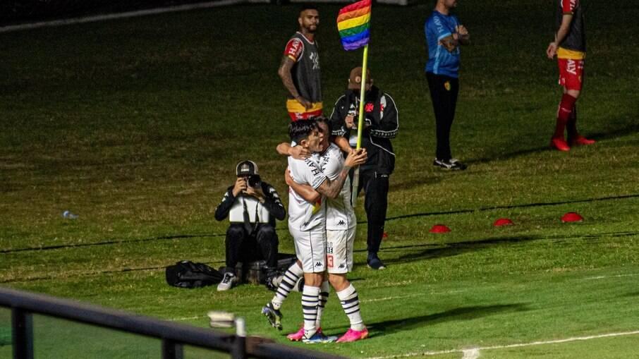 Germán Cano homenageou LGBTQIA+ em comemoração de gol