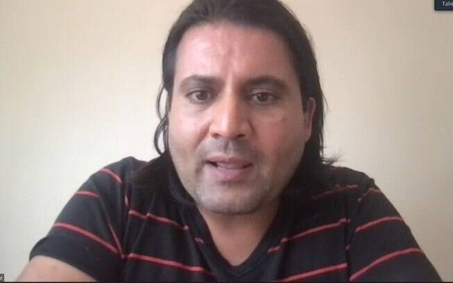 Nemat é escritor e tenta trazer Afegãos para fora do país