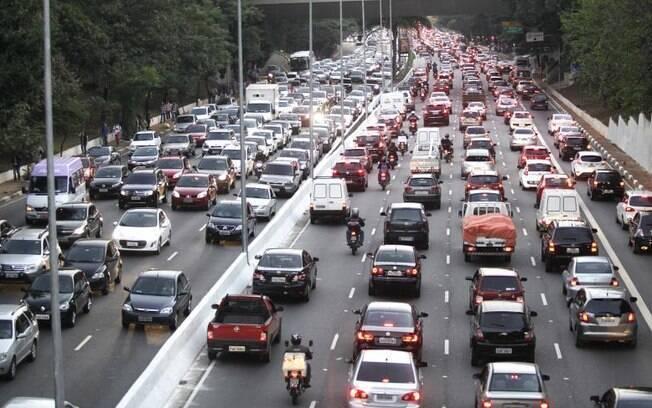 O CO2 seria transformado em combustível convencional