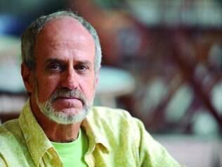 """Novidade. Evandro Affonso Ferreira anuncia para este ano um novo romance, que já tem título: """"Nunca Houve Tanto Fim como Agora""""?"""
